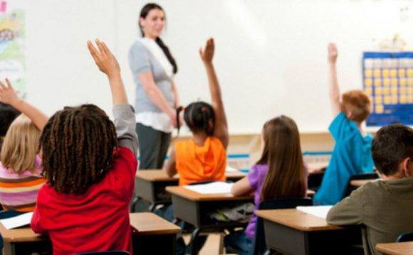 Calgary charter schools: 8
