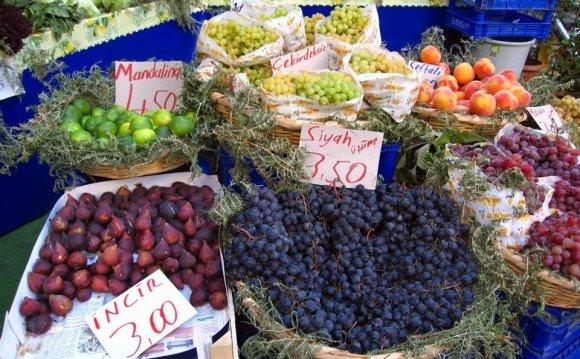 Istanbul fruit